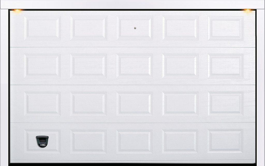 Porta sezionale cassettata goffrata legno Trento